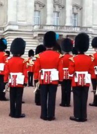 "Wachablöse: Queen's Guard spielt ""Game of Thrones""-Titelmelodie"