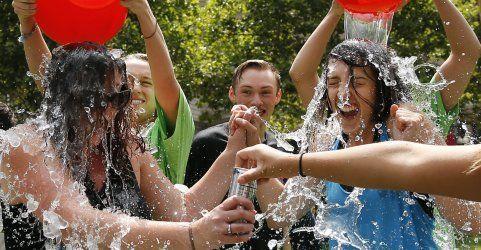 """""""Ice Bucket Challenge"""" brachte 100 Mio. Dollar an Spenden"""
