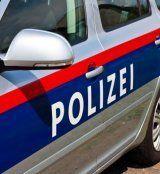 Supermarkt-Einbrecher läuft in Polizeikontrolle