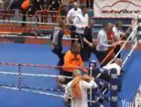 Nachwuchs-Boxer vermöbelt Ringrichter