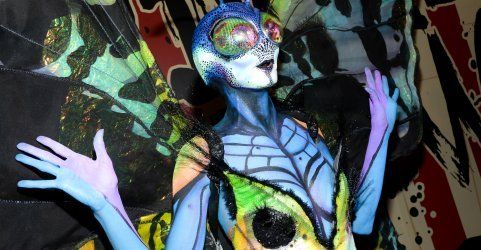Halloween-Queen Heidi Klum als schillernder Schmetterling