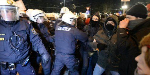 Wien: Festnahmen und Verletzte bei Demos gegen Akademikerball