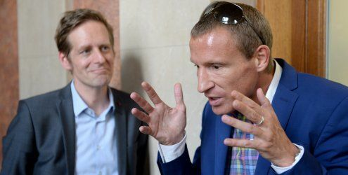 Petzner-Show beim U-Ausschuss: 'Nicht nur Haider verantwortlich'