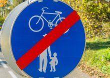 Radfahrerin verunfallt auf Gehsteig in Götzis