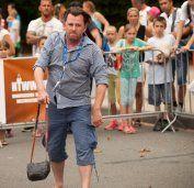 Titelverteidiger Österreich bei Handtaschen-Wurf-WM
