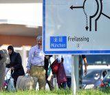 """""""Transitzonen"""" für Flüchtlinge an Grenze: Was steckt dahinter?"""