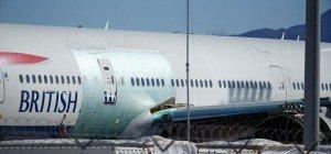 Blitz schlägt in British Airways-Flugzeug ein