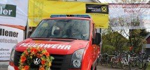 Feuerwehr Mäder segnete neues Dienstfahrzeug