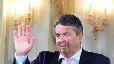 Gabriel kritisiert Merkel - Keine Eile bei TTIP