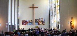 Chor Cantamos überzeugte zusammen mit Nofler Chörle in Pfarrkirche