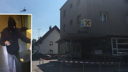 Bankfiliale in Ems überfallen: Täter ist immer noch flüchtig