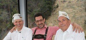 Der Zipfelkappenklub Nüziders mit Josef und Alfons – us dr Gondl