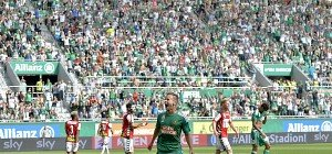 Rapid deklassierte Ried bei Liga-Premiere, Salzburg verlor