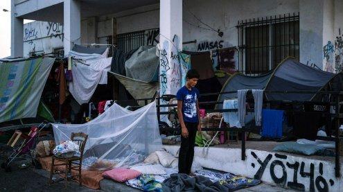 Flüchtlingszahlen gestiegen: Griechenland plant neue Lager
