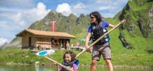Neue Sommeraktivitäten im Seetal: Stand-up-Paddeln auf 2.200 m Höhe