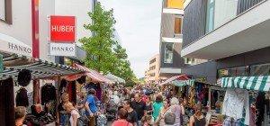 Besucherandrang beim 2. Nachtflohmarkt von Ländleanzeiger.at in Götzis
