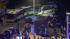 13 Tote bei Anschlag vor Satdion in Istanbul