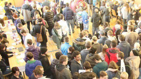1.723 Menschen ließen sich am Samstag in St. Anton typisieren!