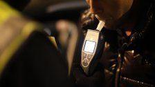 Alko-Unfall: Auto frontal gegen Bus