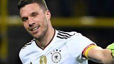 """""""Poldi"""" feiert Abschied mit Tor gegen England"""