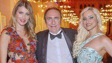 Eva Zellhofer traf Miss World und spendete
