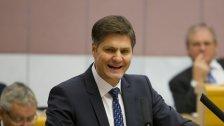 Schwarz-Grün zieht Bilanz - FPÖ kritisiert