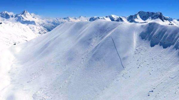 Vorarlberg: Skitourengeher befreite Verschütteten aus Lawine an der Höferspitze