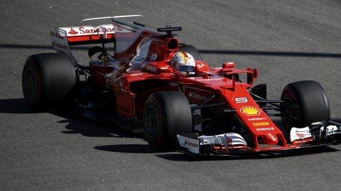 Vettel vor Räikkönen! Ferrari feiert Doppel-Pole in Sotschi