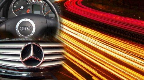 Bruder-Duell auf der Straße: Auto absichtlich zur Seite gedrängt