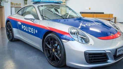 Mit 370 PS auf Verbrecherjagd: Porsche 911 für Ländle-Polizei!