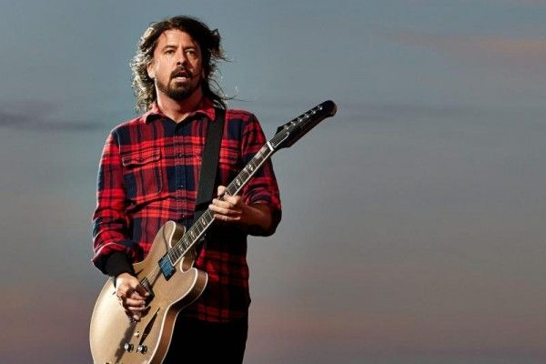 "Foo Fighters legen nach: Neues Album ""Concrete And Gold"" im September"