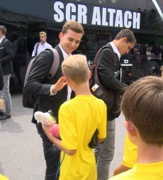 Fans feiern SCR Altach Europacup-Erfolg!