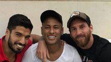 """Er ist zurück"" Neymar & Messi veräppeln Pique"